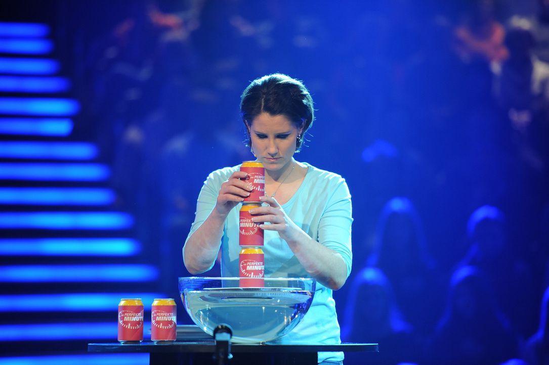 """Frisch verheiratet versucht Maren Weber ihr Glück bei """"Die perfekte Minute"""" ... - Bildquelle: Willi Weber SAT.1"""