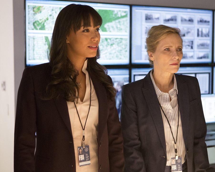 Lässt sich FBI-Agentin Deakins (Laila Robins, r.) überzeugen, einen Illusionisten zur Aufklärung eines Kriminalfalls mit ins Boot zu holen? Kay Dani... - Bildquelle: Warner Bros.