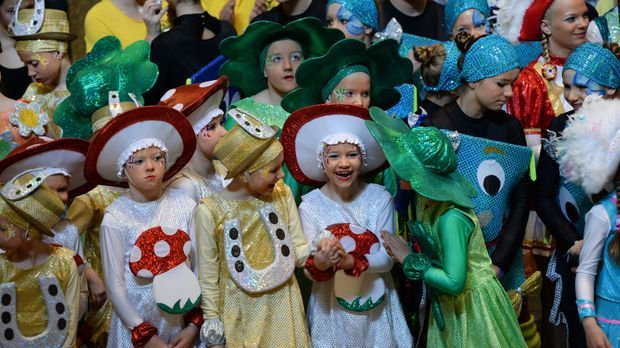Karneval-mit-Kindern-dpa