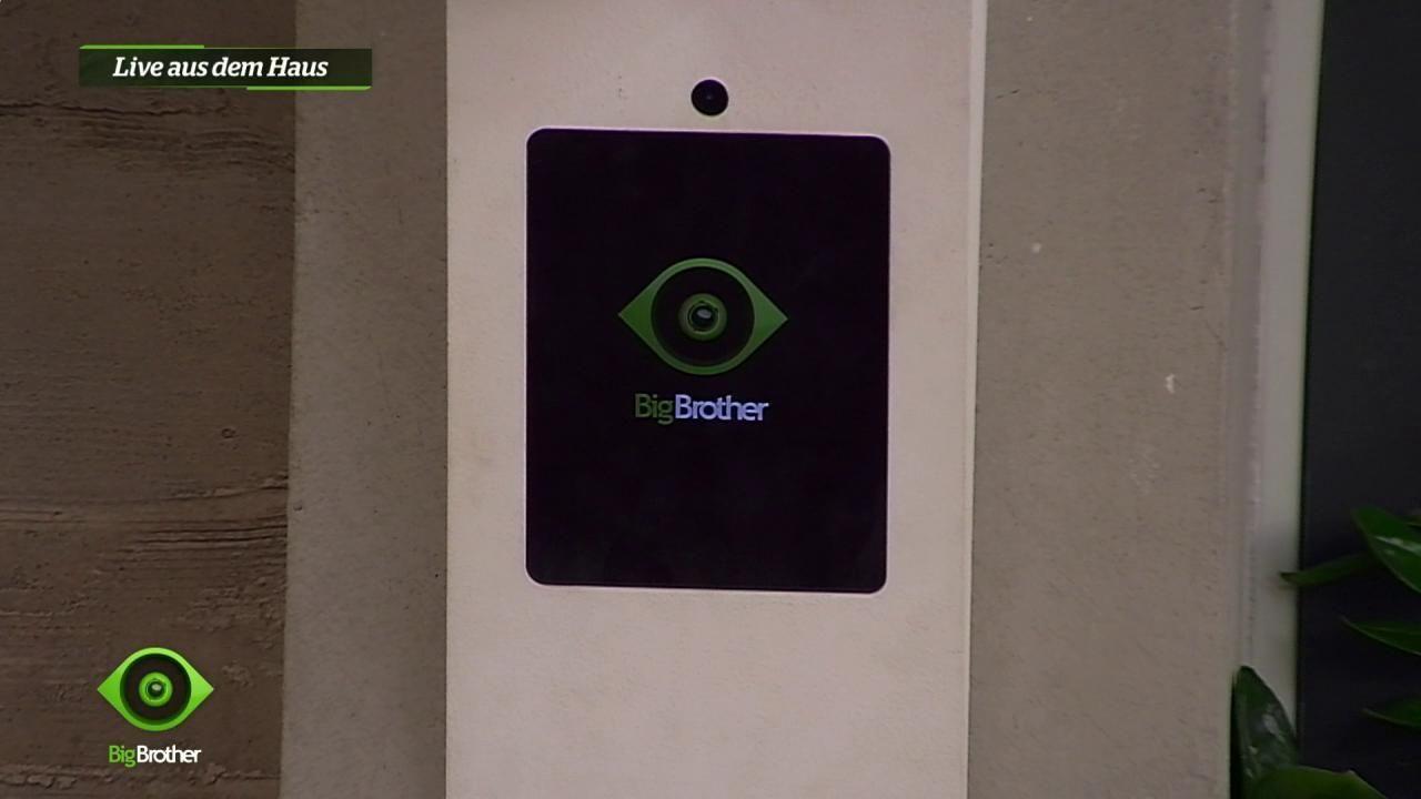 Big Brother streicht den Twitter-Mirror - Bildquelle: sixx