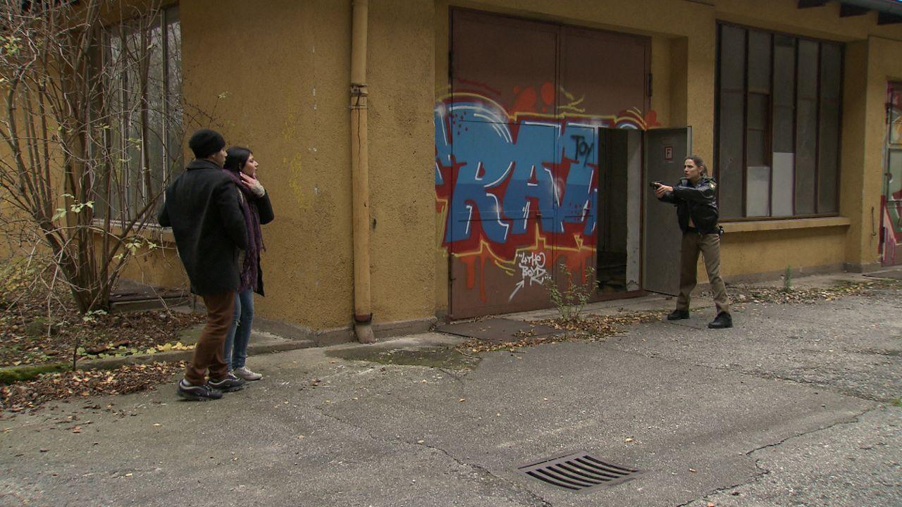 Polizistin_zwischen_den_Fronten14 - Bildquelle: SAT.1