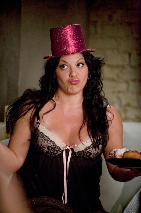 Während des Gesprächs erwähnt Lexie, dass Arizona in einigen Tagen Geburtstag hat. Callie (Sara Ramirez) ist überrascht, da sie davon bislang nichts... - Bildquelle: Touchstone Television