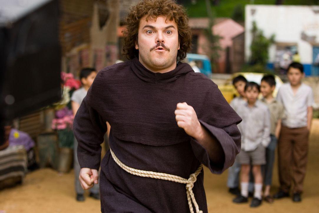Der dicke Mönch Ignacio (Jack Black) entschließt sich, ein professioneller Wrestler zu werden, um damit seinen armen Waisenkindern zu helfen. Nat - Bildquelle: Paramount Pictures
