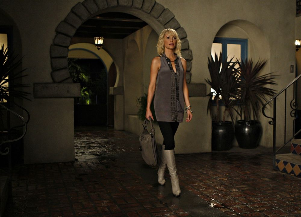 Sydneys Schwester Jane (Josie Bissett) wird ein bisschen frischen Wind in den Melrose Place bringen... - Bildquelle: 2009 The CW Network, LLC. All rights reserved.