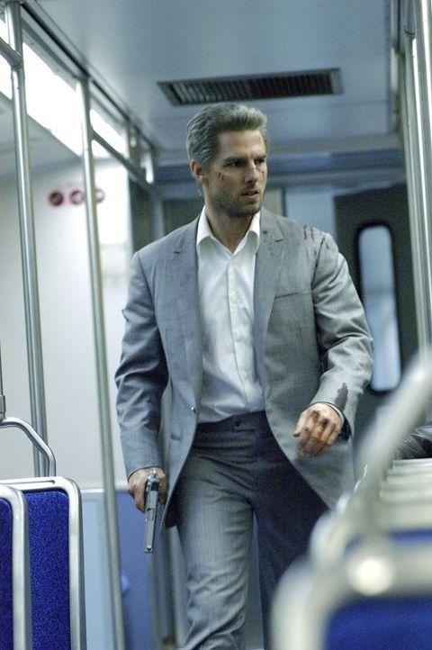 Los Angeles bei Nacht, ein ganz normaler Abend für Taxifahrer Max. Bis Vincent (Tom Cruise) in sein Taxi steigt und ihn für den Rest der Nacht als... - Bildquelle: TM &   Paramount Pictures. All Rights Reserved.