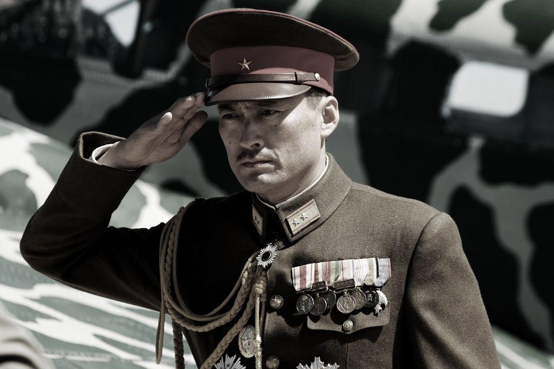 General Tadamichi Kuribayashi (Ken Watanabe) ist fest entschlossen, seinem Land zu dienen und dafür sein Leben zu geben ... - Bildquelle: Warner Bros.