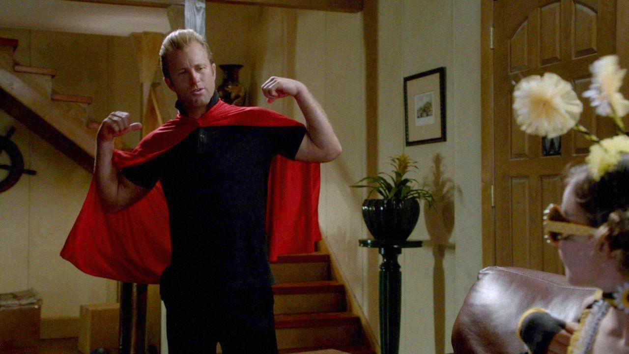 Eigentlich wollte Danny (Scott Caan) einen netten Halloween-Abend verbringen - doch dann kommt alles ganz anders ... - Bildquelle: 2012 CBS Broadcasting, Inc. All Rights Reserved.