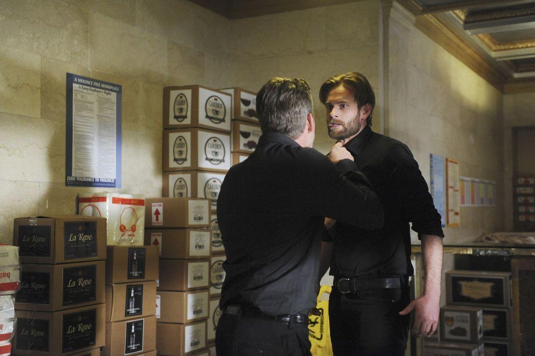 In einem angesagten Club in New York sterben mehrere Menschen auf grausame Weise. Doch haben die Angestellten Sean Hotchner (Eric Johnson, r.) und T... - Bildquelle: ABC Studios