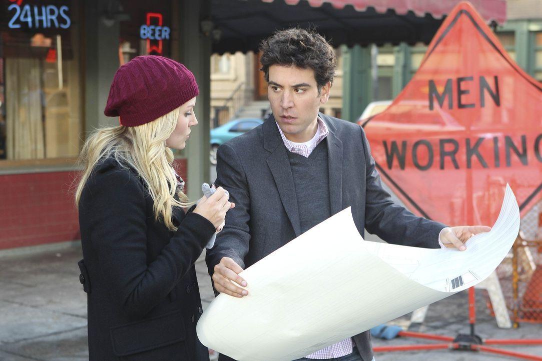Als Zoey (Jennifer Morrison, l.) herausfindet, dass Ted (Josh Radnor, r.) der Architekt der Vernichtung ist, will sie nichts mehr mit ihm zu tun hab... - Bildquelle: 20th Century Fox International Television