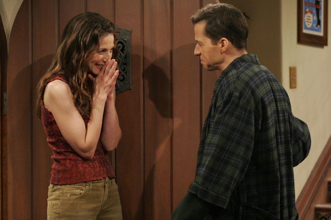 Bahnt sich da wieder was an?: Alan (Jon Cryer, r.) und Judith (Marin Hinkle, l.) ... - Bildquelle: Warner Brothers Entertainment Inc.