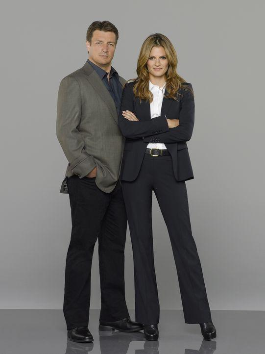 (7. Staffel) -  Ein einzigartiges Team: Schriftsteller Richard Castle (Nathan Fillion, l.) und Polizeidetektivin Kate Beckett (Stana Katic, r.) ... - Bildquelle: ABC Studios