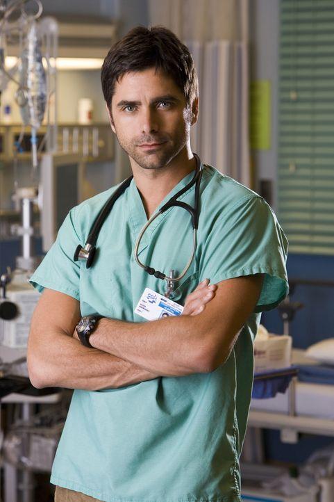 (13. Staffel) - Immer im Einsatz um Leben zu retten: Tony Gates (John Stamos) ... - Bildquelle: Warner Bros. Television