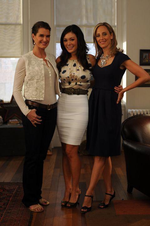 Die Freundinnen Wendy (Brooke Shields, l.), Victory (Lindsay Price, M.) und Nico (Kim Raver, r.) haben mit ihren Problemen zu kämpfen ... - Bildquelle: NBC, Inc.