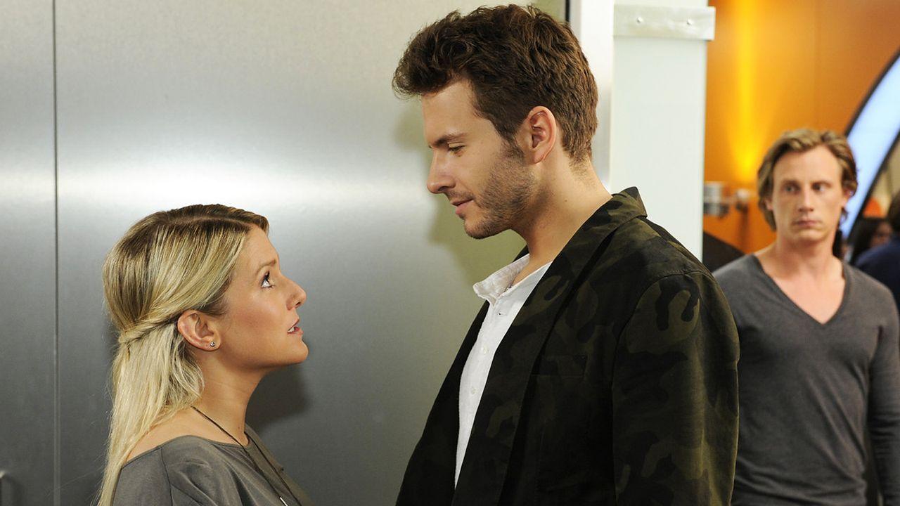 Anna-und-die-Liebe-Folge-739-04-Sat1-Christoph-Assmann - Bildquelle: SAT.1/Christoph Assmann