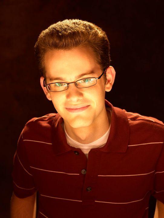Hat eine Hexe zur Schwester: Dylan Piper (Joey Zimmermann) ... - Bildquelle: Disney - ABC - ESPN Television
