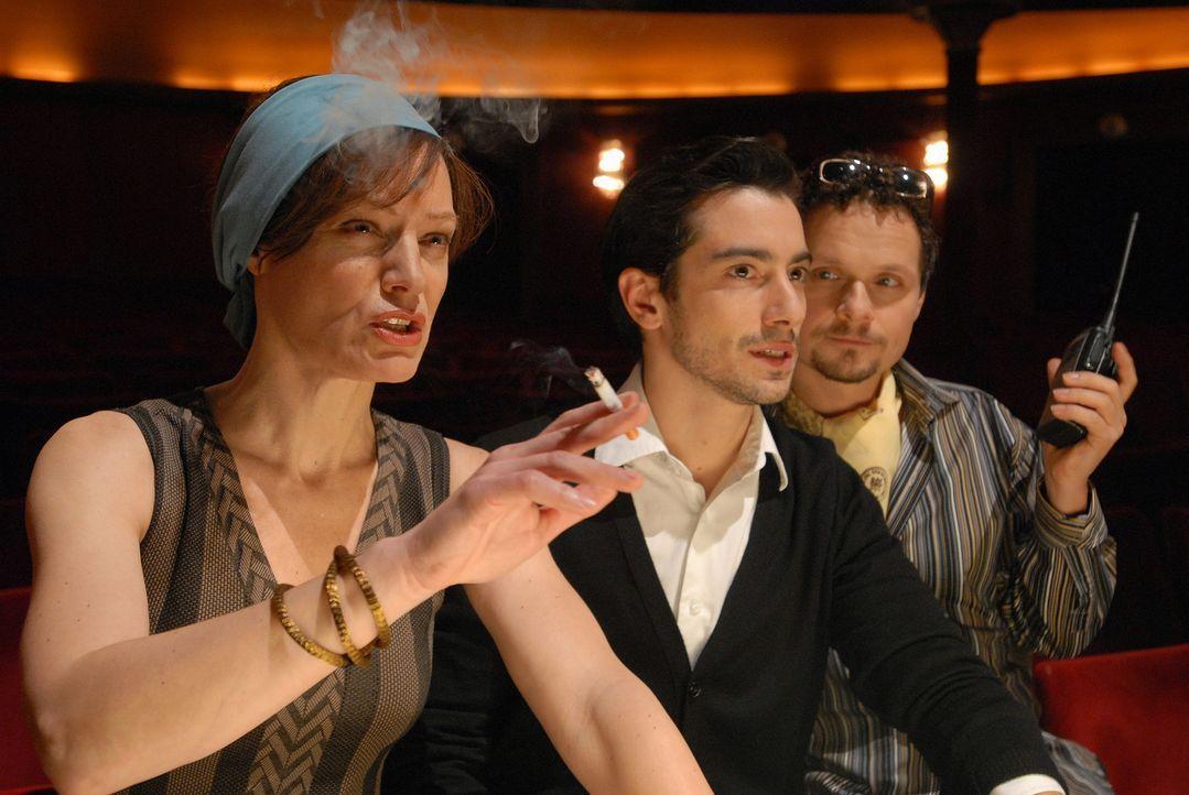 An ihnen kommt kein Tänzer vorbei, der Karriere machen möchte: (v.l.n.r.) die eiskalte Chefin des Corps de Ballet und Ex-Primaballerina Hrdlicka (... - Bildquelle: SAT.1