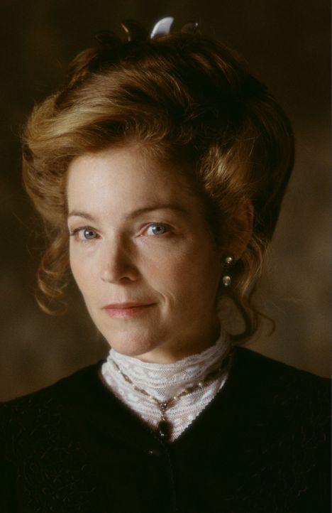 Winnies Mutter (Amy Irving) ahnt noch nicht von dem Geheimnis der Familie Tuck ... - Bildquelle: Ron Phillips Disney Enterprises, Inc.
