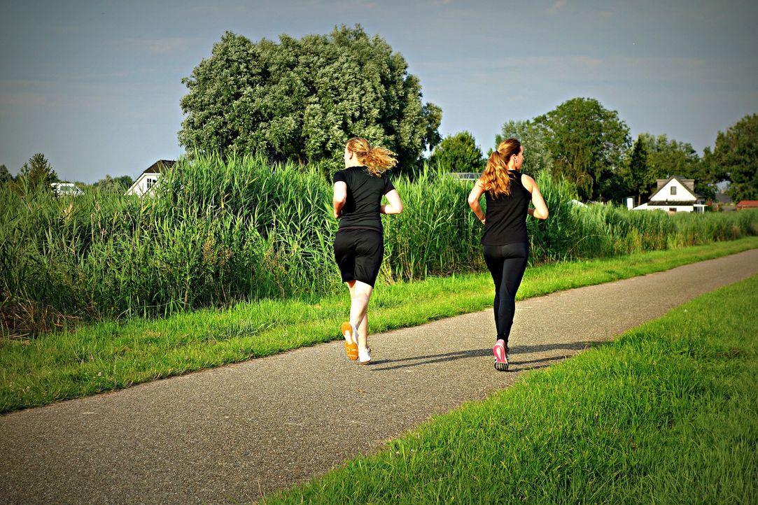 2. Sport treibenKlingt kontraproduktiv, ist aber sehr hilfreich: Sport! Wer ...
