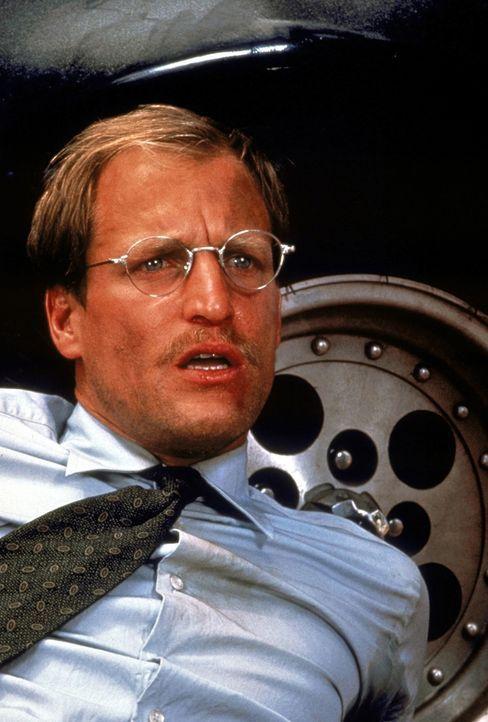 Michael Reynolds (Woody Harrelson) sieht sich plötzlich als Geisel eines 16-jährigen Halbindianers, der soeben aus dem Gefängnis entflohen ist ... - Bildquelle: Warner Bros.