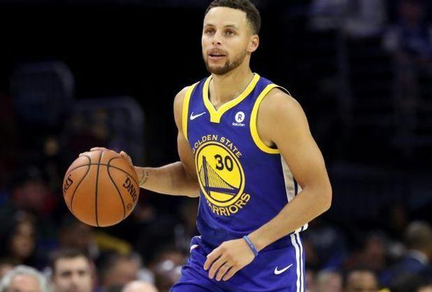 Curry knickte im Spiel bei den New Orleans Pelicans um