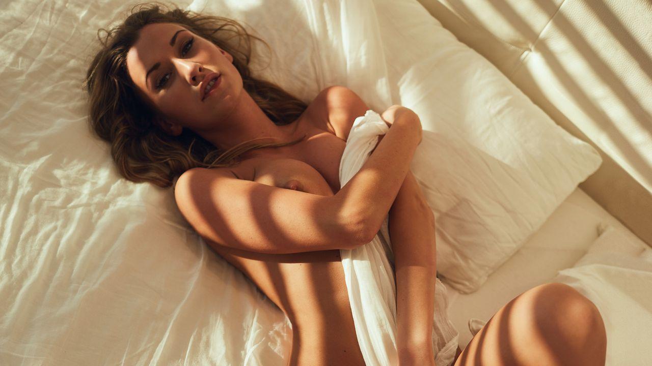 playboy-stefanie-balk-4 - Bildquelle: Marc Salvadore für Playboy August 2016