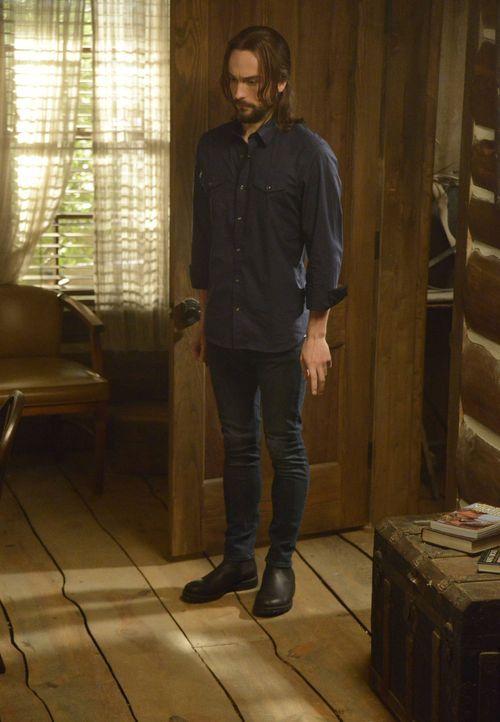 Wird ein neues Outfit im Kampf gegen das Böse hilfreich sein? Ichabod (Tom Mison) - Bildquelle: 2014 Twentieth Century Fox Film Corporation. All rights reserved.