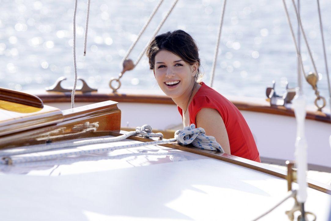 Was verspricht sich Annie (Shenae Grimes) von diesem Tripp? - Bildquelle: TM &   CBS Studios Inc. All Rights Reserved