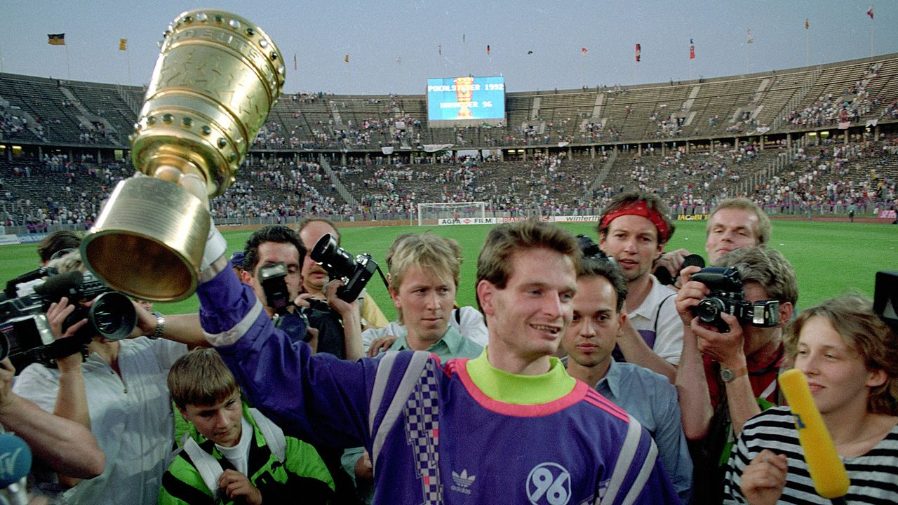 """Der einzige """"echte"""" Zweitligist als Pokalsieger: Hannover 96 - Bildquelle: Imago"""