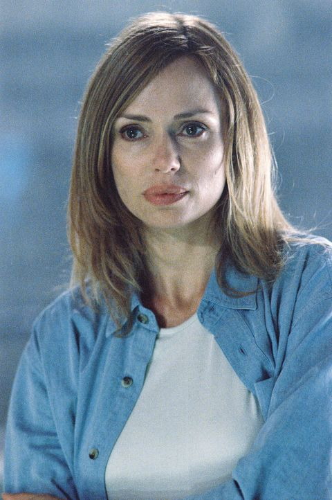 Ein gnadenloser Kampf auf Leben und Tod beginnt: Linda Olsen (Vanessa Angel) ... - Bildquelle: 2004 Sharky Productions A.V.V.  All Rights Reserved.