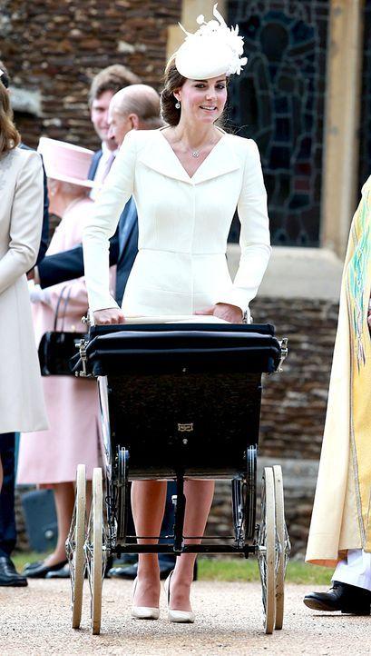 Taufe-Prinzessin-Charlotte-15-07-05-27-AFP - Bildquelle: AFP
