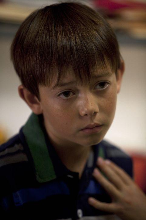 Während Mason (Griffin Gluck) mit Cooper ins Krankenhaus muss, um nicht alleine Zuhause zu sein, möchte Stephanie mehr über Sams Vergangenheit mi... - Bildquelle: ABC Studios