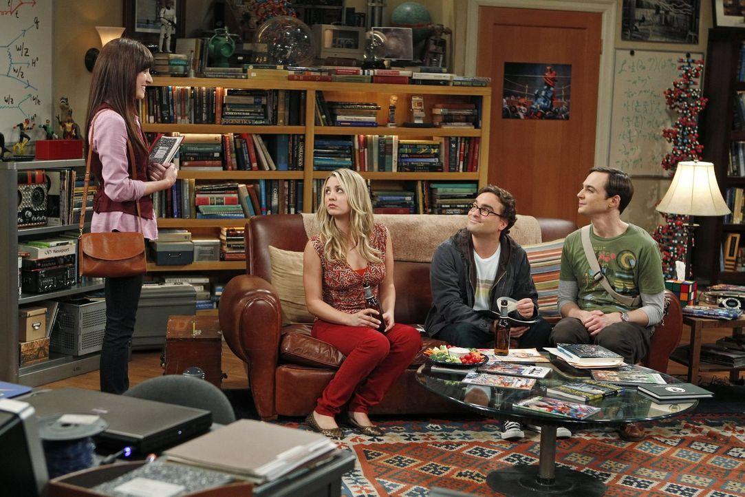 Während Penny (Kaley Cuoco, 2.v.l.) es nicht fassen kann, ist Leonard (Johnny Galecki, 2.v.r.) von Sheldons (Jim Parsons, r.) Assistentin Alex (Marg... - Bildquelle: Warner Bros. Television