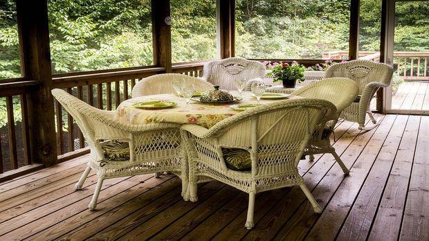 mit einer sitzgruppe garten terrasse m blieren sat 1 ratgeber. Black Bedroom Furniture Sets. Home Design Ideas
