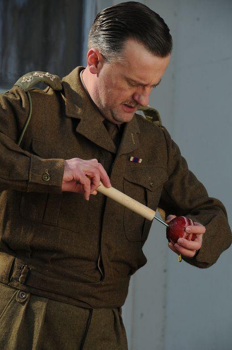 Das Team unkonventioneller Erfinder war Winston Churchills ganzer Stolz, doch um die außergewöhnlichen Waffen zu erfinden, mussten einige Regeln geb... - Bildquelle: Peter Guest Sky Vision