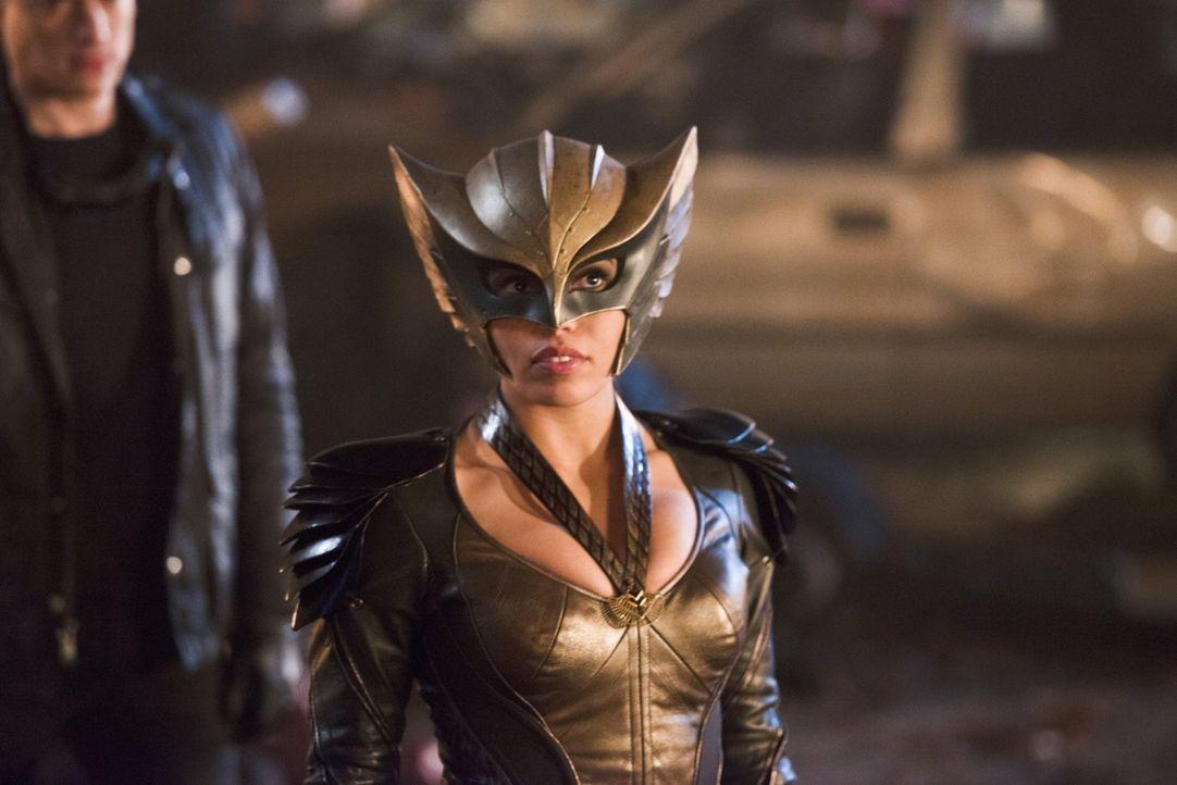 Kämpft auch in der Zukunft für das Gute: Kendra alias Hawkgirl (Ciara Renée) ... - Bildquelle: 2015 Warner Bros.