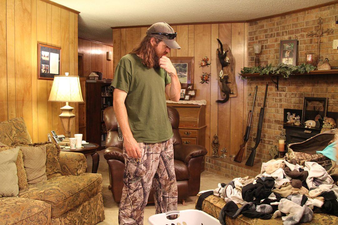 Als Jase (Foto) die Mengen an Socken in Martins Haus entdeckt, fängt er an, sich ernsthaft Sorgen um seinen Freund zu machen ... - Bildquelle: 2013 A+E Networks