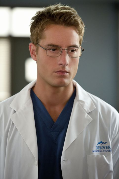 Der Patienten Blake, der wegen Vergewaltigung und Mordes verurteilt ist, hält Will (Justin Hartley) und seine Kollegen auf Trab ... - Bildquelle: Jack Rowand 2012 The CW Network, LLC. All rights reserved.