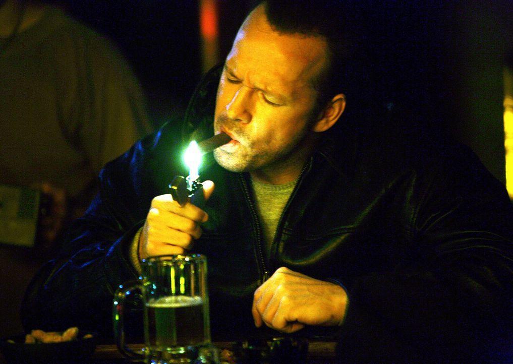 Gibt sich als Bodyguard aus ist aber eigentlich ein geheimer Ermittler des FBI: Andy Burnett (Donnie Wahlberg) ... - Bildquelle: Sony 2007 CPT Holdings, Inc.  All Rights Reserved.
