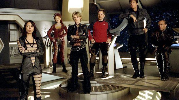 Als die Andromeda an einer Reparaturstation generalüberholt werden soll, deck...