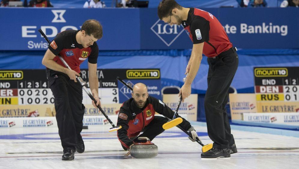 Skip Baumann und sein Team gewannen 4:3 gegen Dänemark - Bildquelle: PIXATHLONPIXATHLONSID