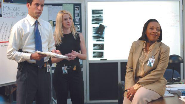 Weder Samantha Spades (Poppy Montgomery, 2.v.l.) noch die FBI-Agenten Vivian...