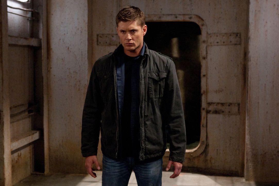 Nachdem Sam und die Campbells in Deans (Jensen Ackles) Leben aufgetaucht sind, scheint die Normalität nach und nach in seine Einzelteile zu zerfalle... - Bildquelle: Warner Bros. Television