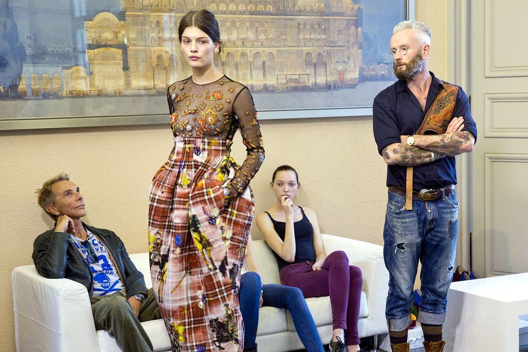 GNTM-Stf10-Epi14-Fashion-Week-Paris-061-Vanessa-ProSieben-Richard-Huebner - Bildquelle: ProSieben/Richard Huebner