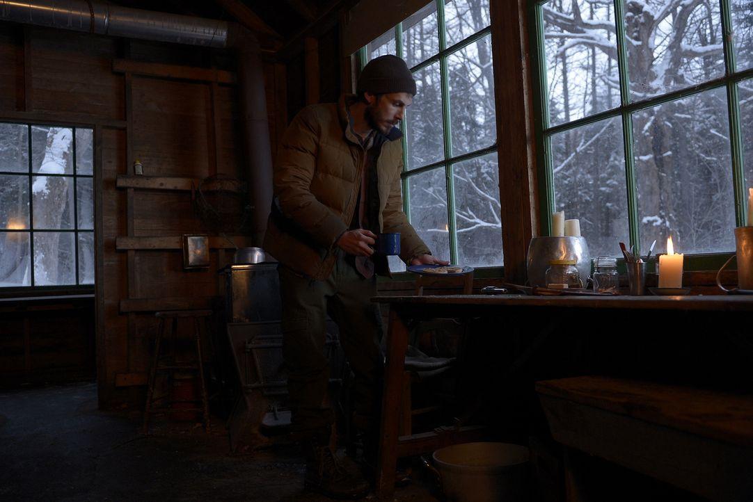 Simon (Tate Ellington) muss sich mit seiner neuen Situation abfinden und obwohl ihm seine Freunde dabei unter die Arme greifen, weiß man nicht, ob e... - Bildquelle: Philippe Bosse 2015 ABC Studios