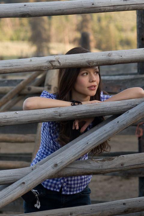 Als Carrie (Tammin Sursok) aus der Stadt auf eine Pferderanch nach Wyoming ziehen muss, um dort bei ihrem Vater zu leben, ist sie total frustriert u... - Bildquelle: 20Century Fox