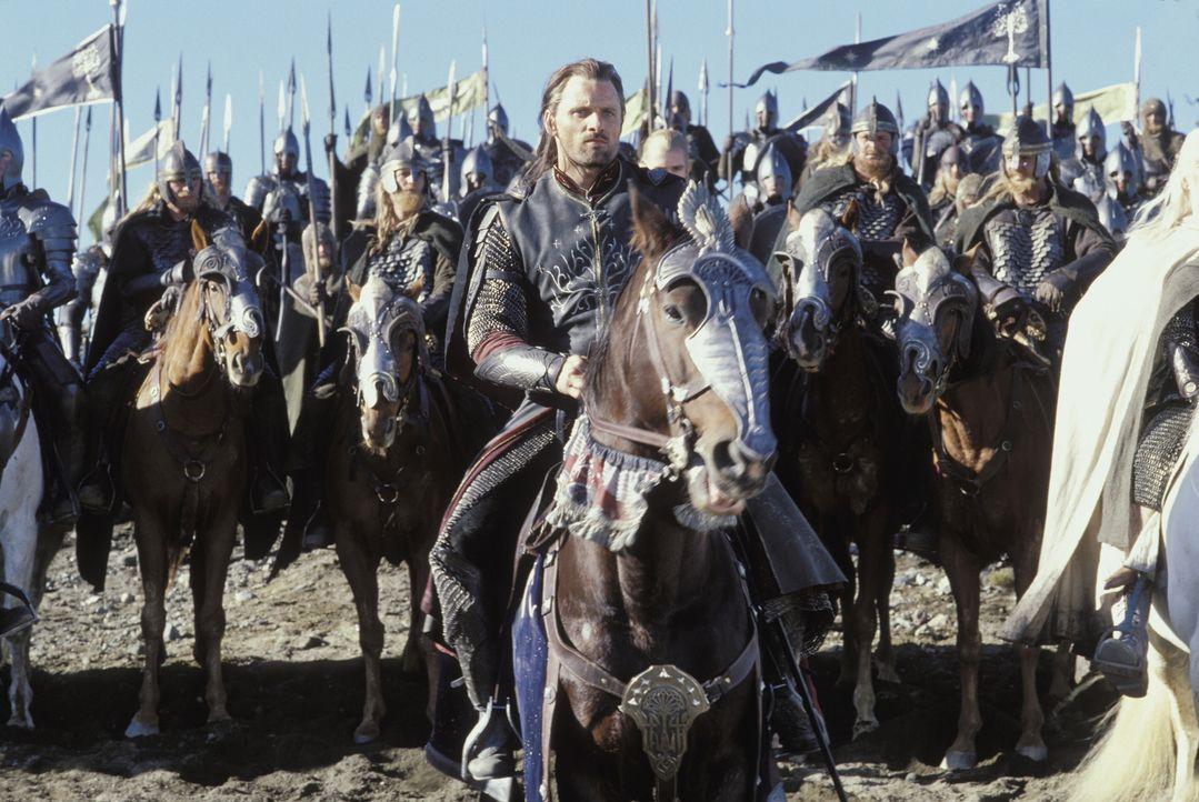 Aragorn (Viggo Mortensen, M.) hat nur ein Ziel: Er versucht, so lange wie möglich Sauron abzulenken, damit Frodo seine Mission erfüllen kann ... - Bildquelle: Warner Bros.