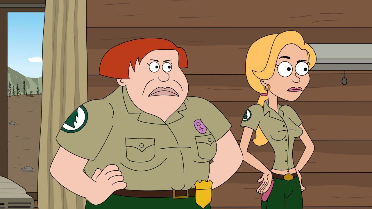 Auch Connie (l.) und Ethel (r.) gelangen in die Fänge der PITA ... - Bildquelle: 2012 Twentieth Century Fox Film Corporation and Comedy Partners. All rights reserved.
