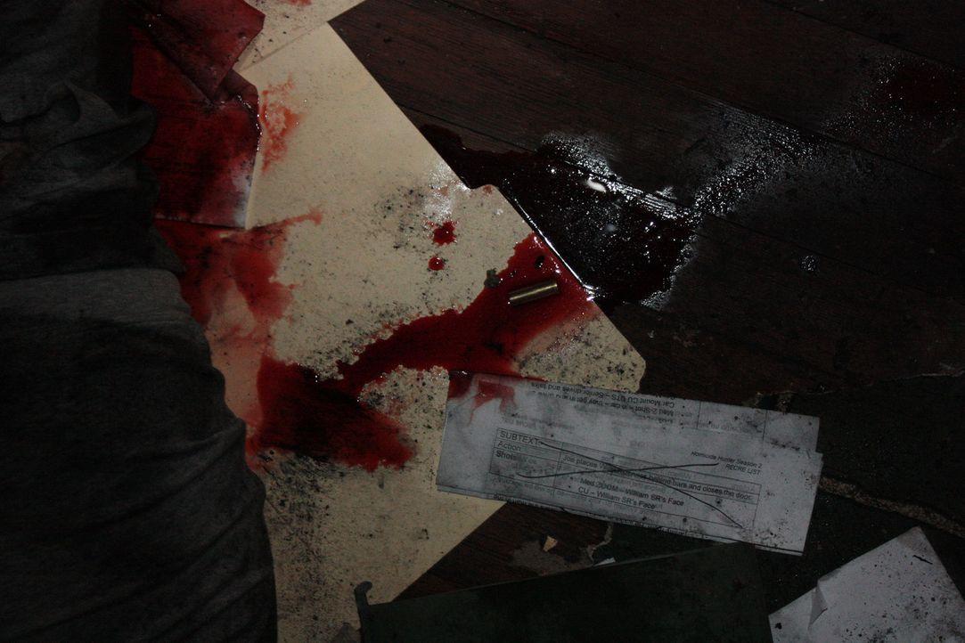 Warum musste die junge Frau sterben? Wer hat die Familie bedroht? - Bildquelle: Jupiter Entertainment