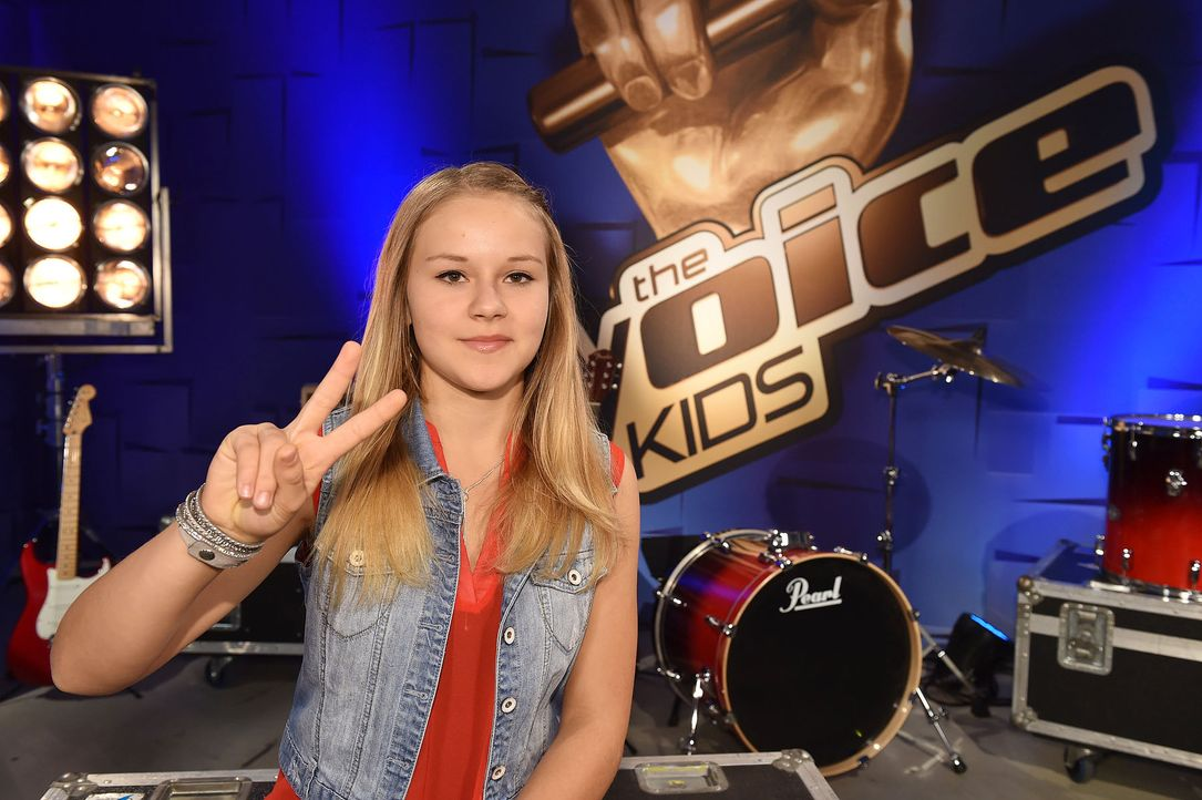 The-Voice-Kids-Emily-02-SAT1-Andre-Kowalski - Bildquelle: SAT.1 / Andre Kowalski