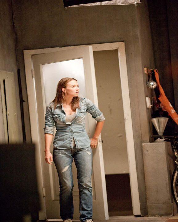In einem mysteriösen Wohnblock ereignen sich grausame Todesfälle, die irgendetwas mit der Neumieterin Jessica (Austin Highsmith) zu tun haben ... - Bildquelle: 2009 by PARAMOUNT PICTURES CORPORATION. All Rights Reserved.
